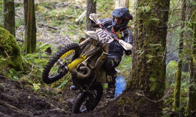 what is an enduro dirt bike